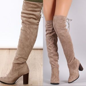 Over the knees suede boots